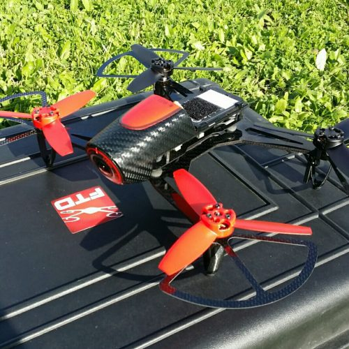 drone 300 grammi ftd300x posato a terra
