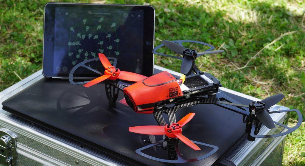 drone 300 grammi ftd300x di lato