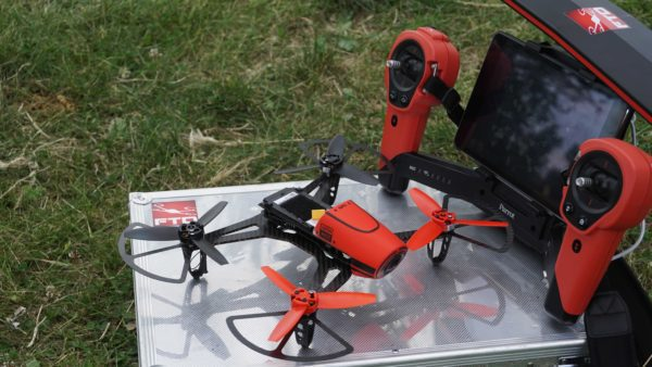 drone 300 grammi FTD300X + skycontroller