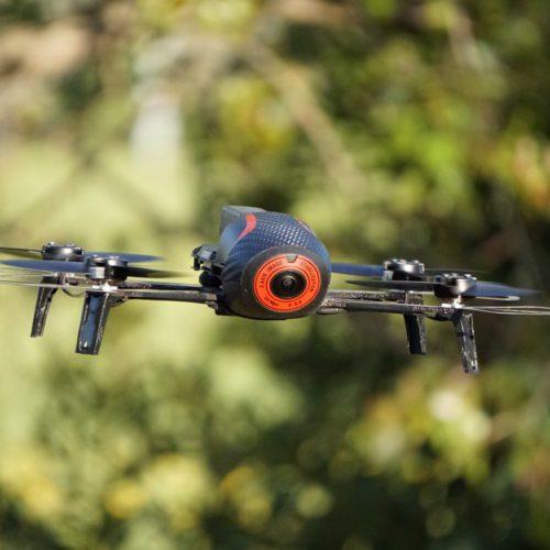 drone con telecamera stabilizzata da 300grammi