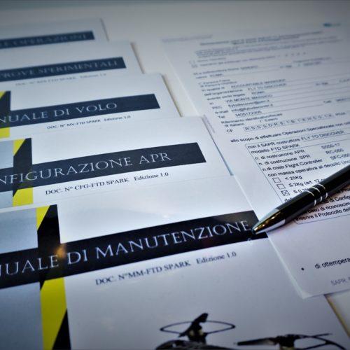 manualistica e dichiarazione di rispondenza al regolamento ENAC SAPR spark dji, validazione ENAC dji Spark