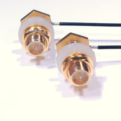 Mavic antenna connector